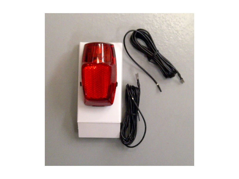 FANALE BICI POST.ROSSO 1 LED+CONDENS**